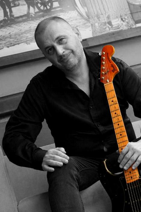 gitara01